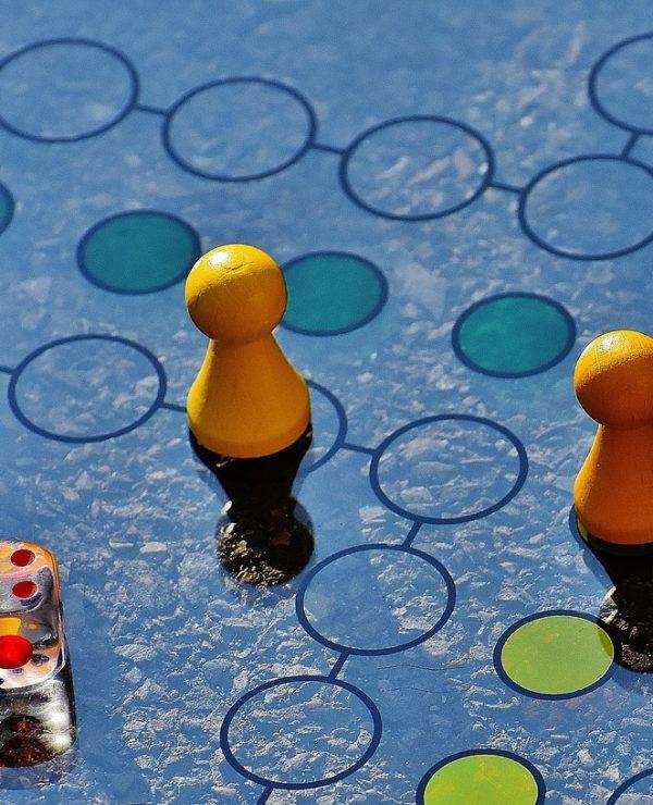 IGRE S DECOM: Hajde da uživamo – zajedno!, društvena igra, ne ljuti se čoveče