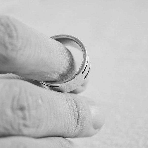 4 jahača apokalipse: Prvi znaci da vam je brak u krizi